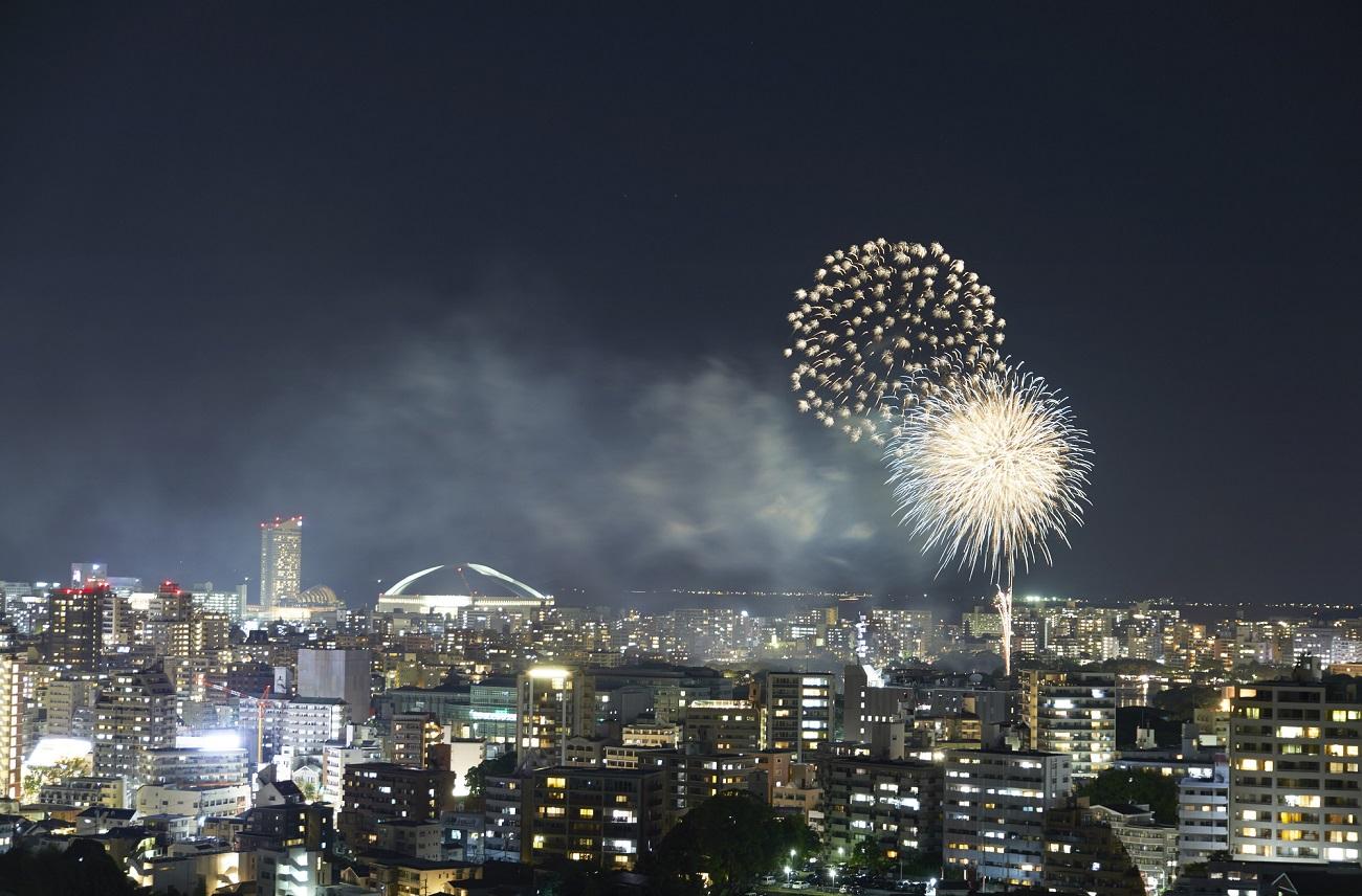 記事西日本大濠花火大会 開催終了のイメージ画像
