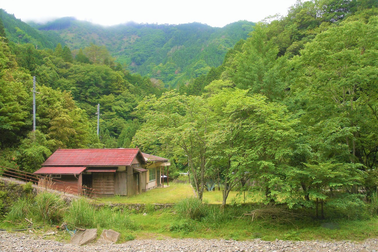 記事久野原小学校 室川分校 閉校のイメージ画像