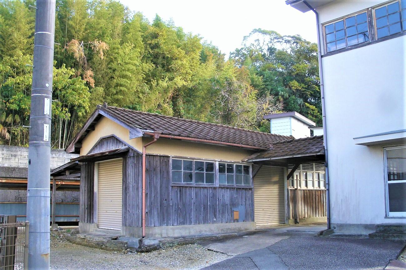記事上富田町立朝来小学校 移転のイメージ画像