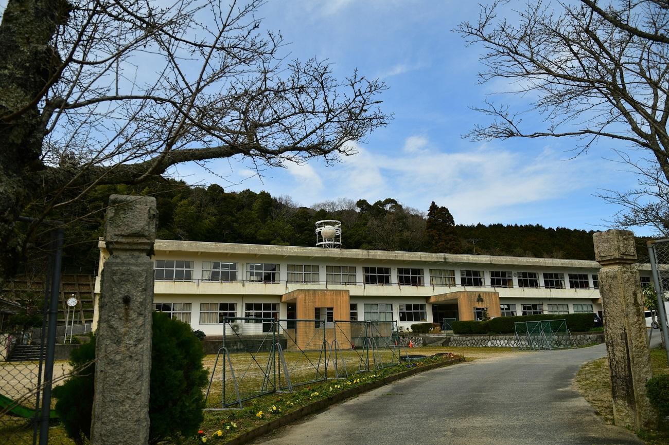記事美祢市立赤郷小学校 閉校のイメージ画像