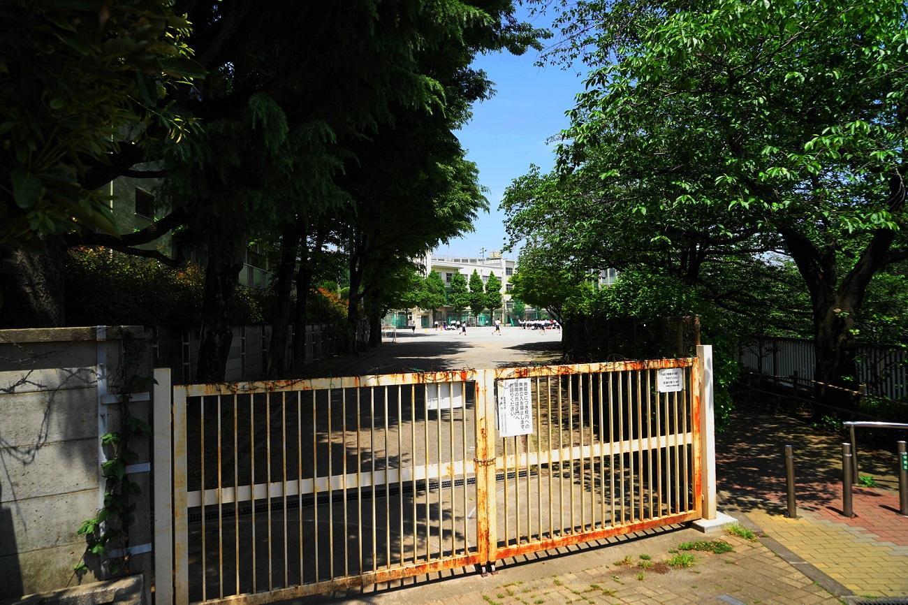 記事中野区立第三中学校 閉校のイメージ画像