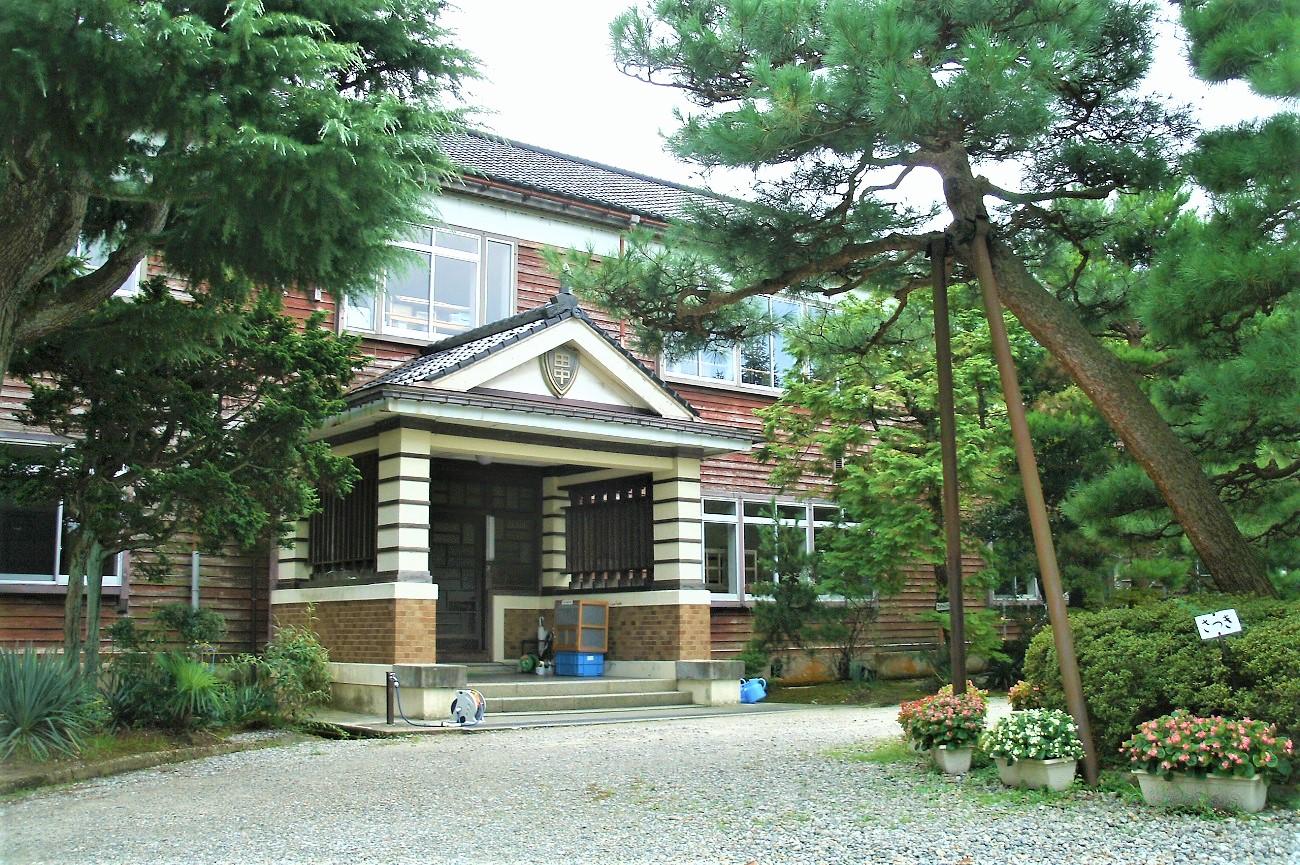 記事滑川市立田中小学校(旧校舎) 利用停止のイメージ画像