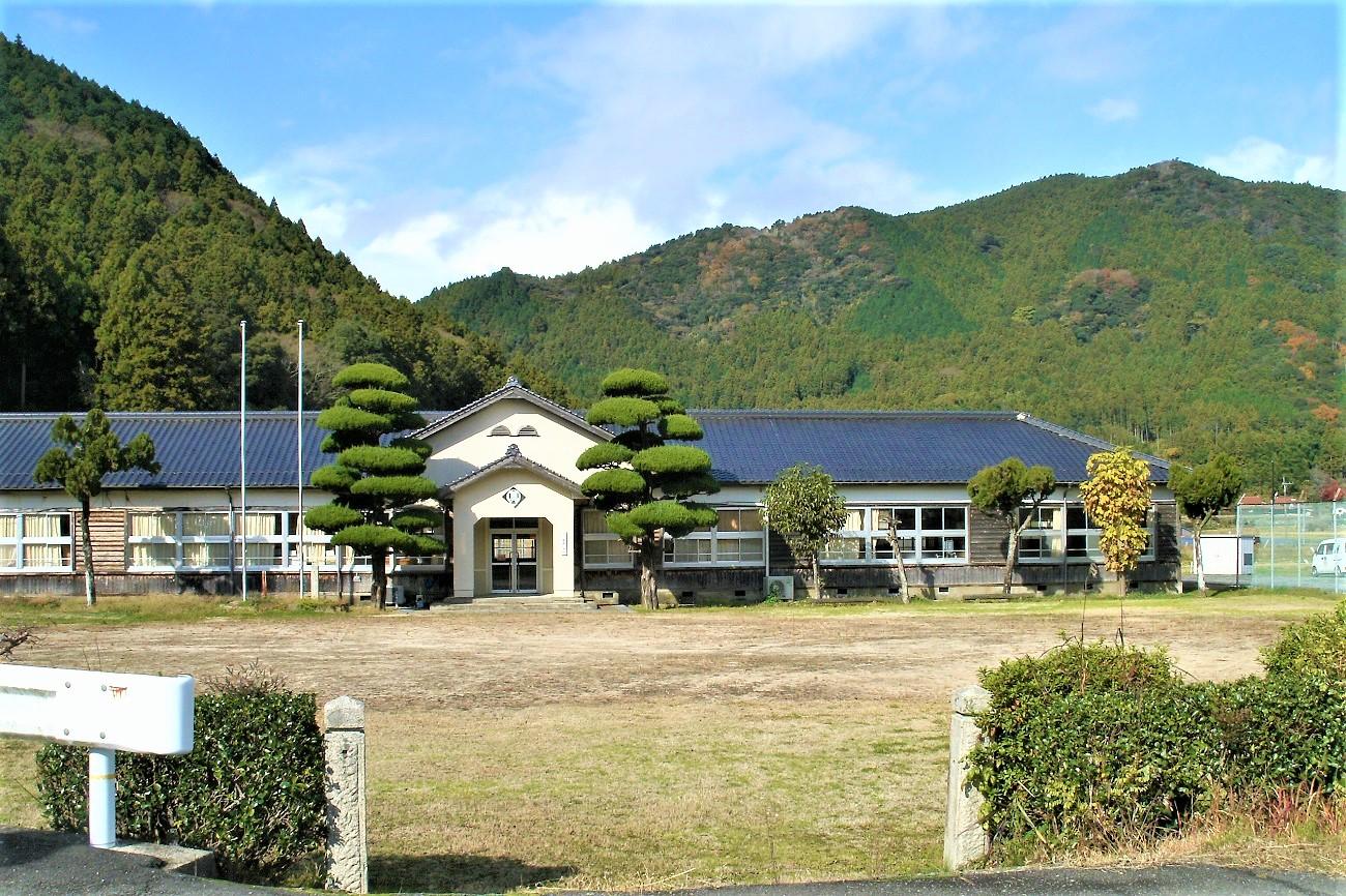記事美祢市立鳳鳴小学校 閉校のイメージ画像