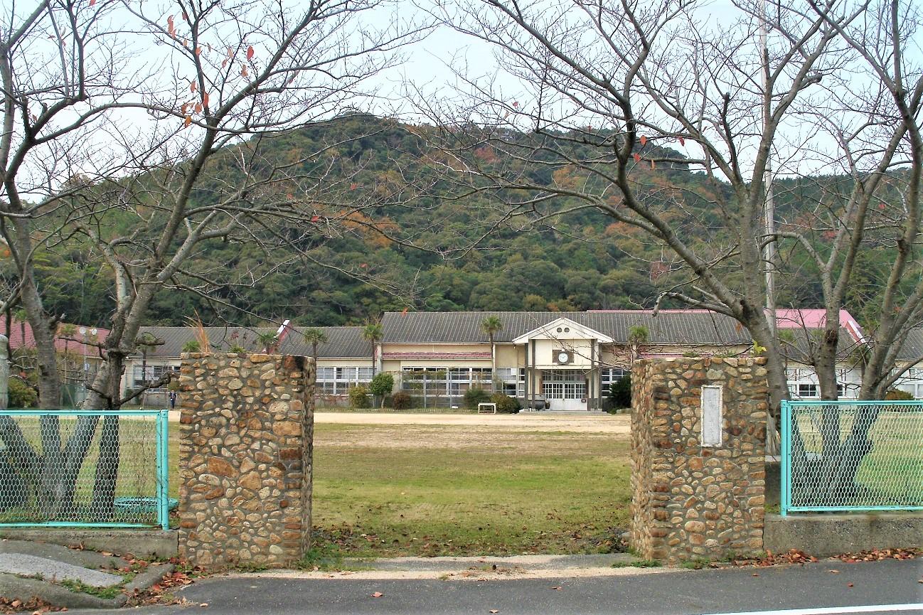 記事長門市立青海島小学校 閉校のイメージ画像