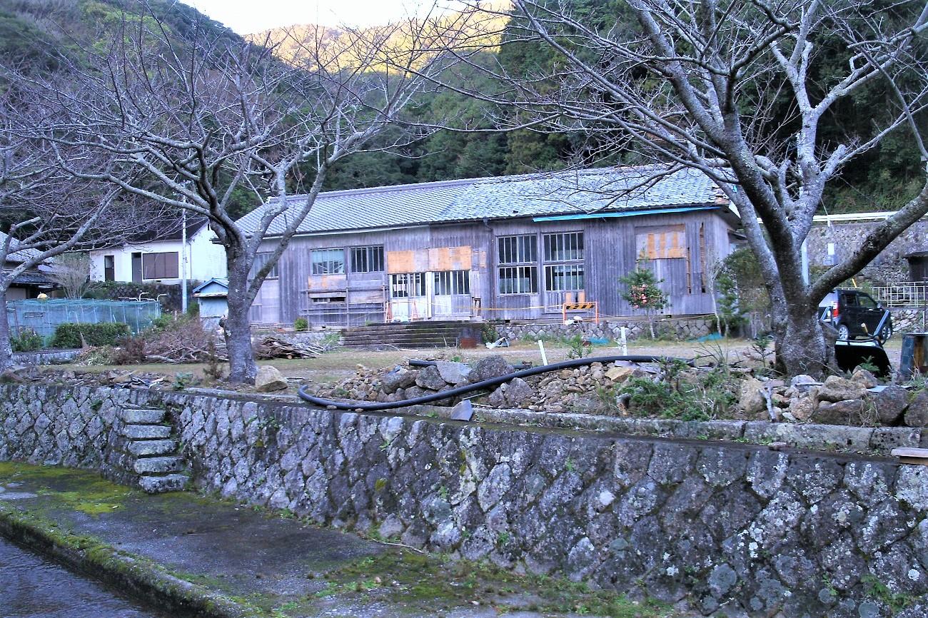 記事荒坂小学校・須野分校 廃校のイメージ画像
