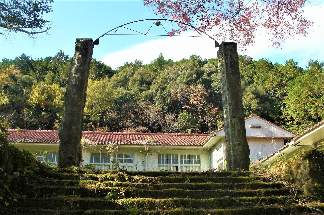 記事紀和町立矢ノ川小学校 廃校のイメージ画像