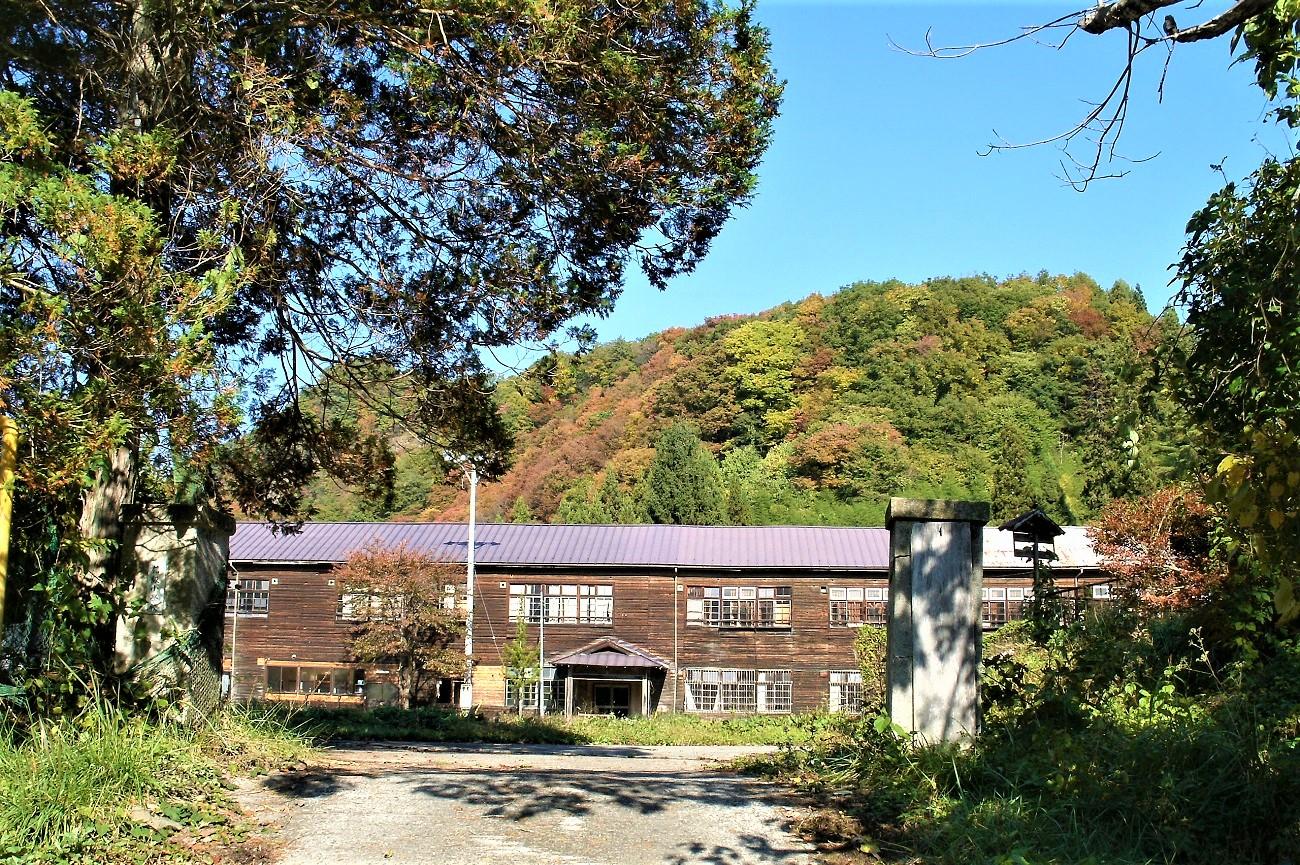 記事信州新町立信級小学校 閉校のイメージ画像