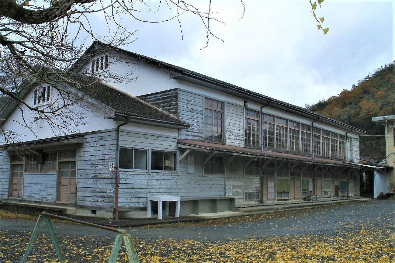 記事南丹市立五ケ荘小学校 閉校のイメージ画像