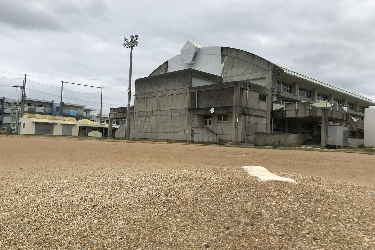 記事恩納村立恩納中学校 閉校のイメージ画像