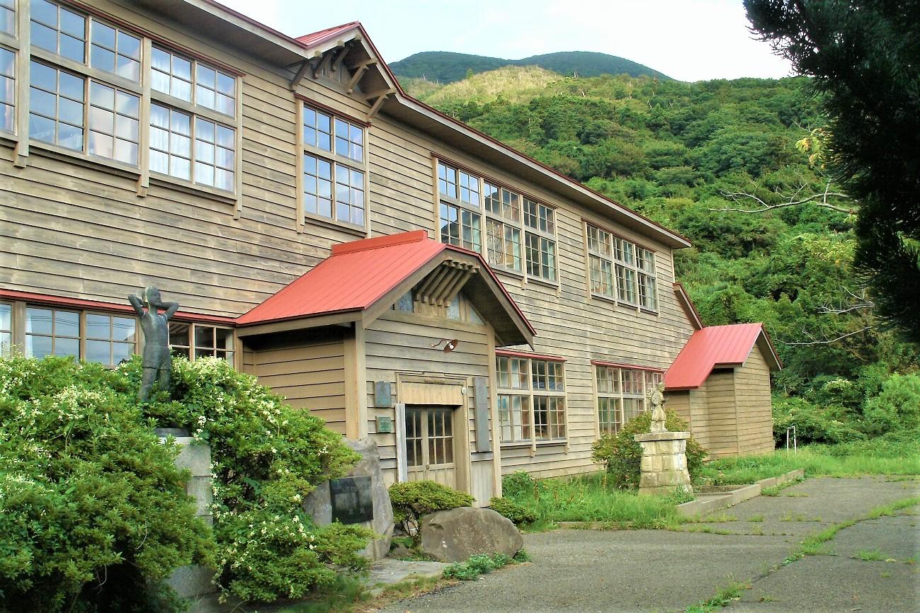 記事男鹿市立加茂青砂小学校 閉校のイメージ画像