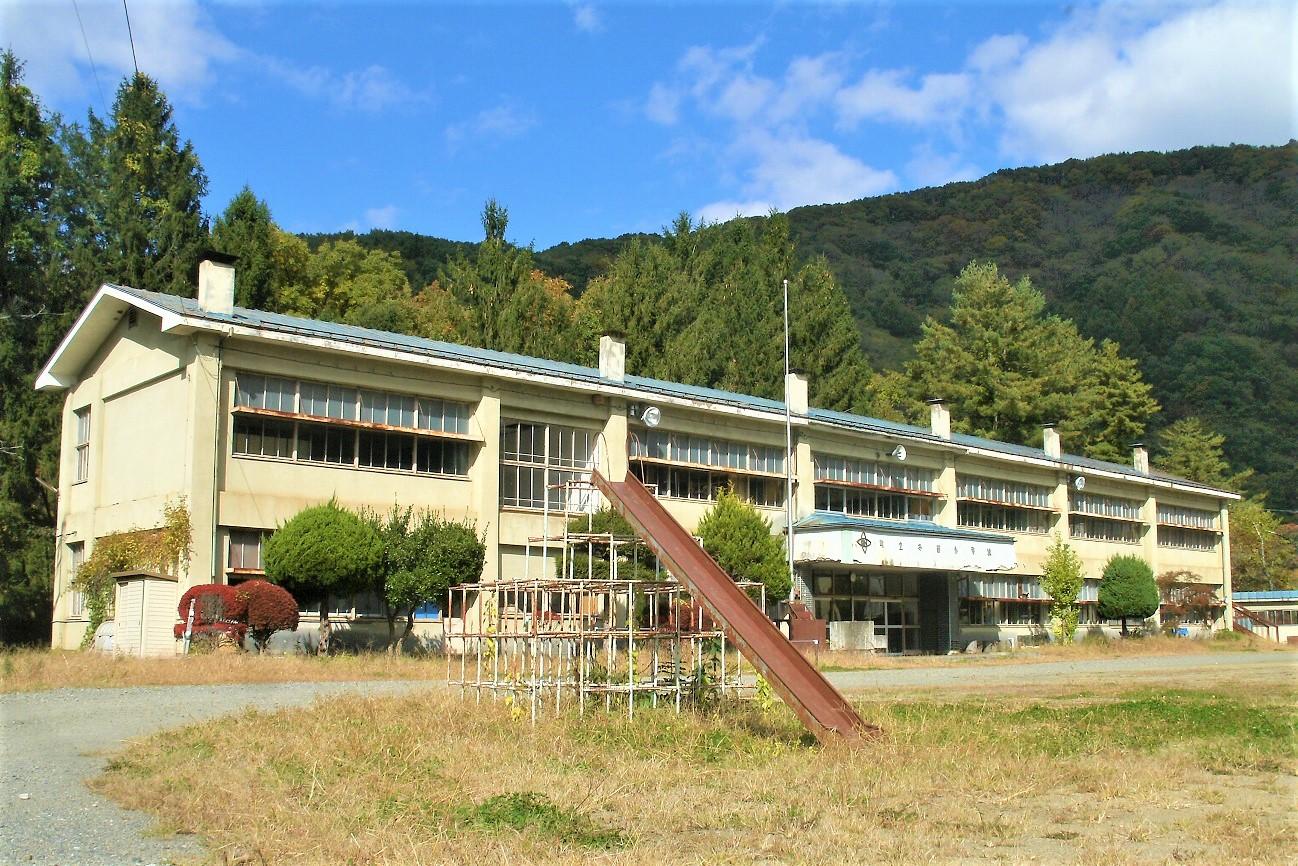 記事葛巻町立冬部小中学校 閉校のイメージ画像