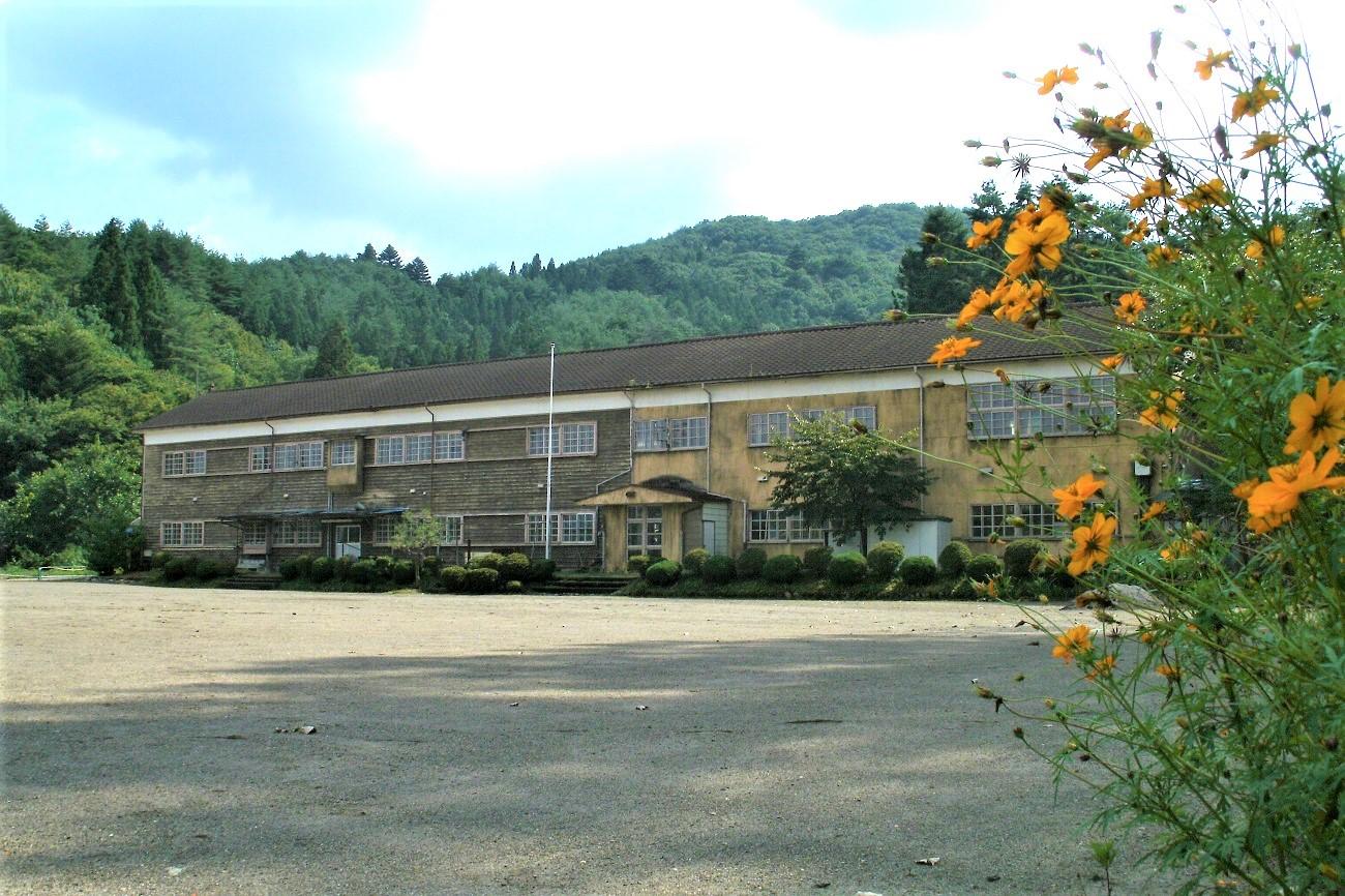 記事新治村立入須川小学校 閉校のイメージ画像