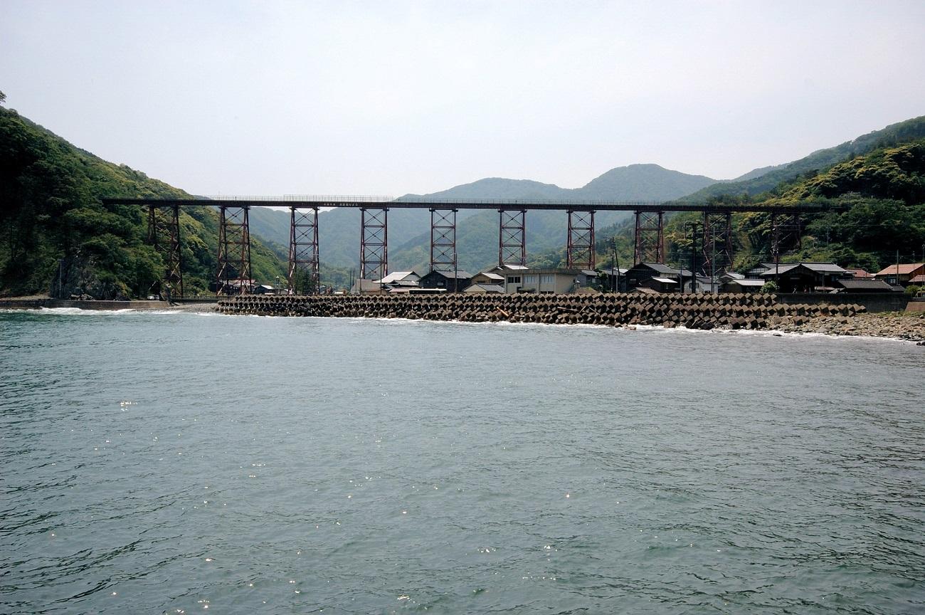 記事山陰本線余部鉄橋の旧橋梁 取壊/架替のイメージ画像