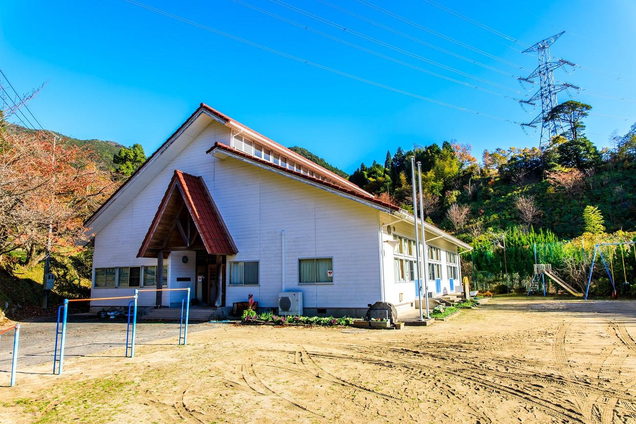 記事唐津市立厳木小学校 平之分校 閉校のイメージ画像