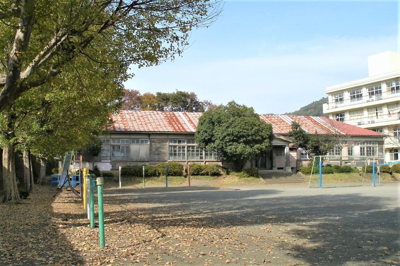 記事愛川町立半原小学校 木造校舎引退のイメージ画像