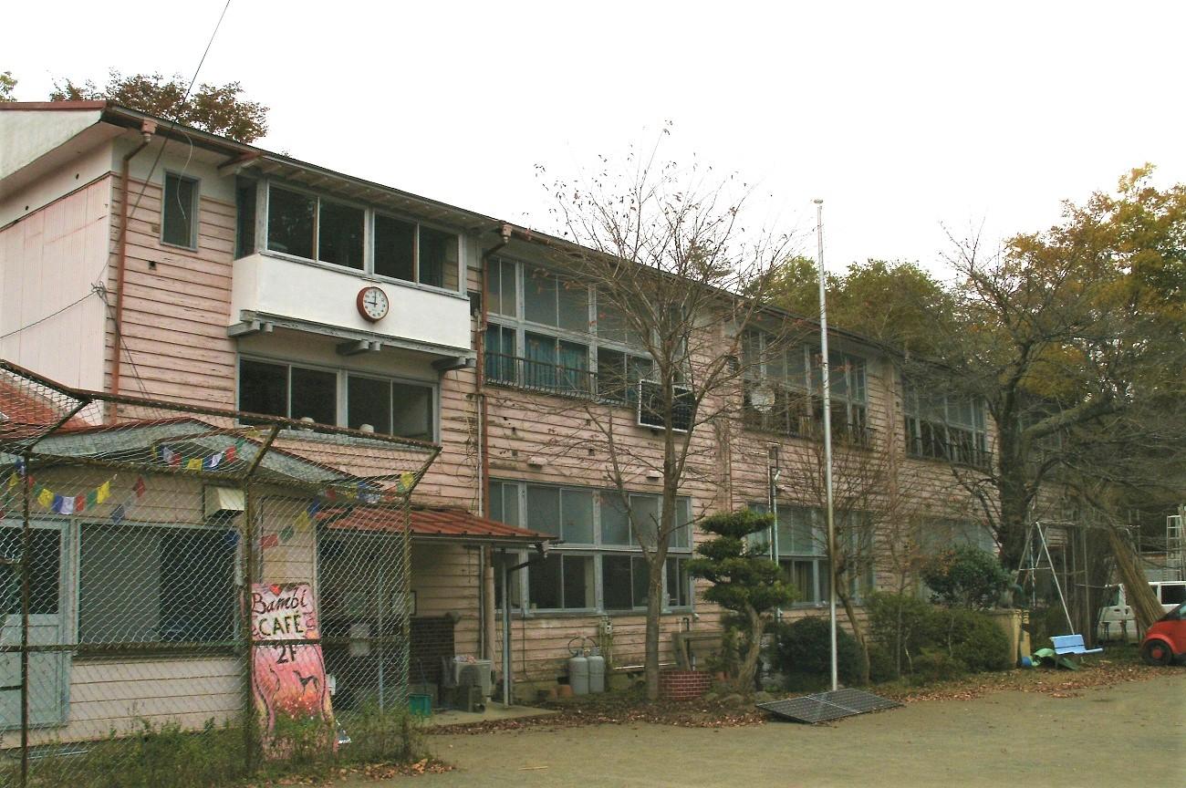 記事藤野町立牧郷小学校 廃校のイメージ画像