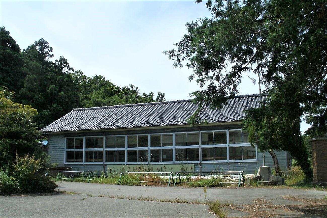 記事羽茂村立羽茂中学校 小村分校 閉校のイメージ画像