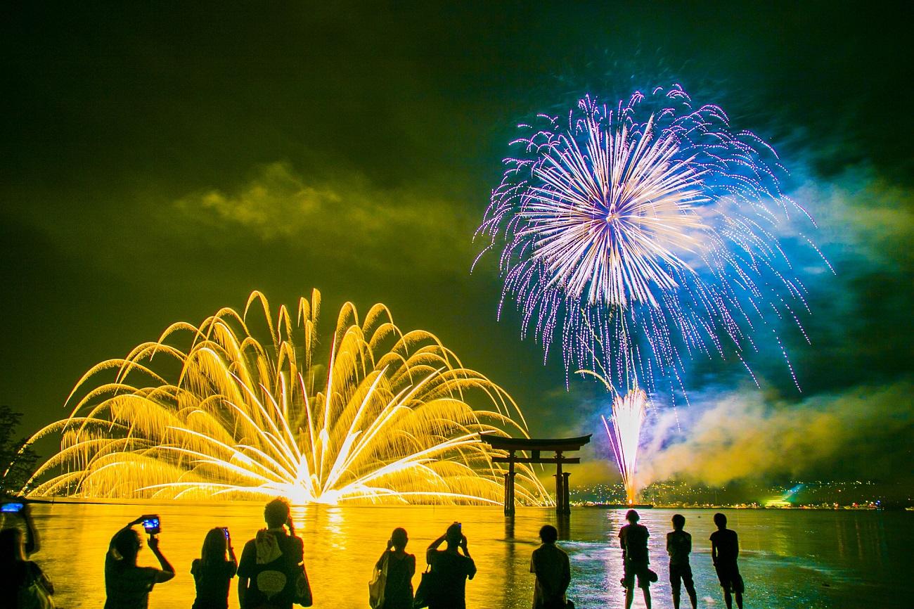 記事宮島水中花火大会 開催終了のイメージ画像
