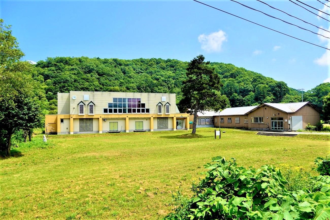 熱郛小学校