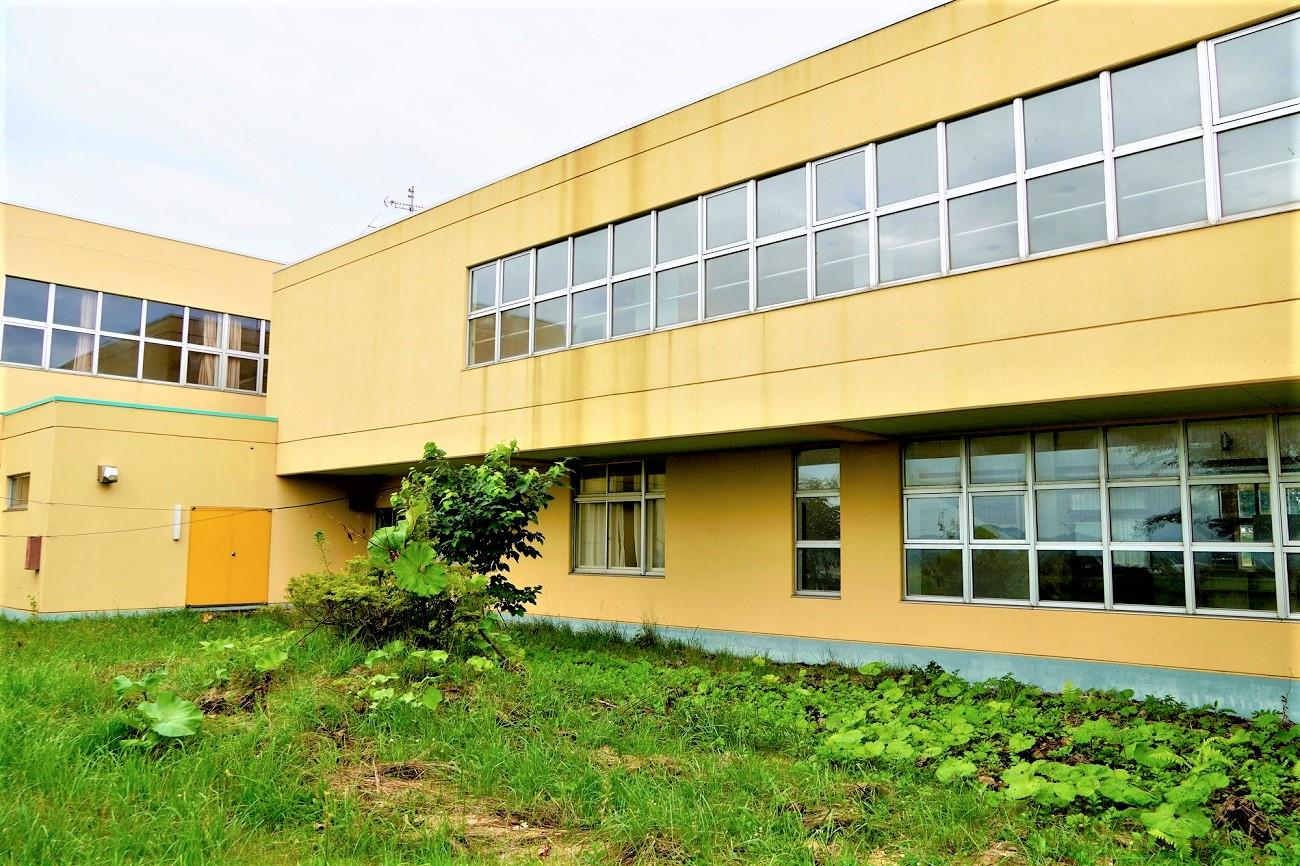 洞爺村立成香小学校